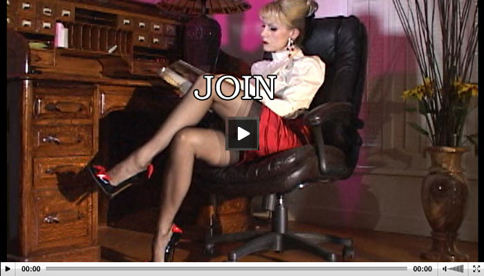 Mistress Wants To Squirt Video